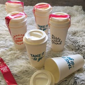 10 reusable to go cups.
